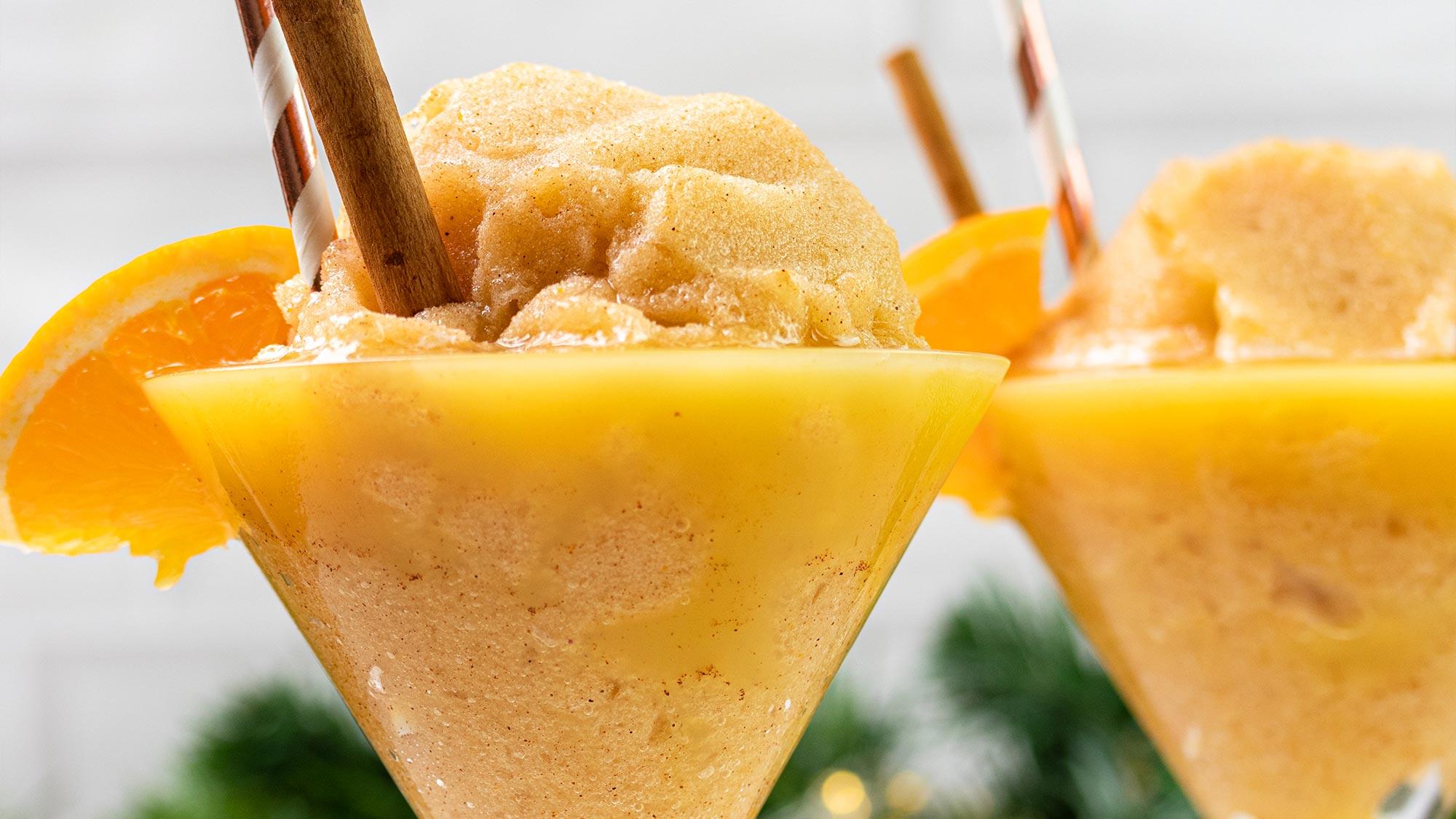 Sinaasappel-daiquiri met kaneel